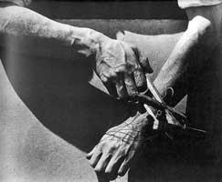 Руки кукловода (Тина Модотти)
